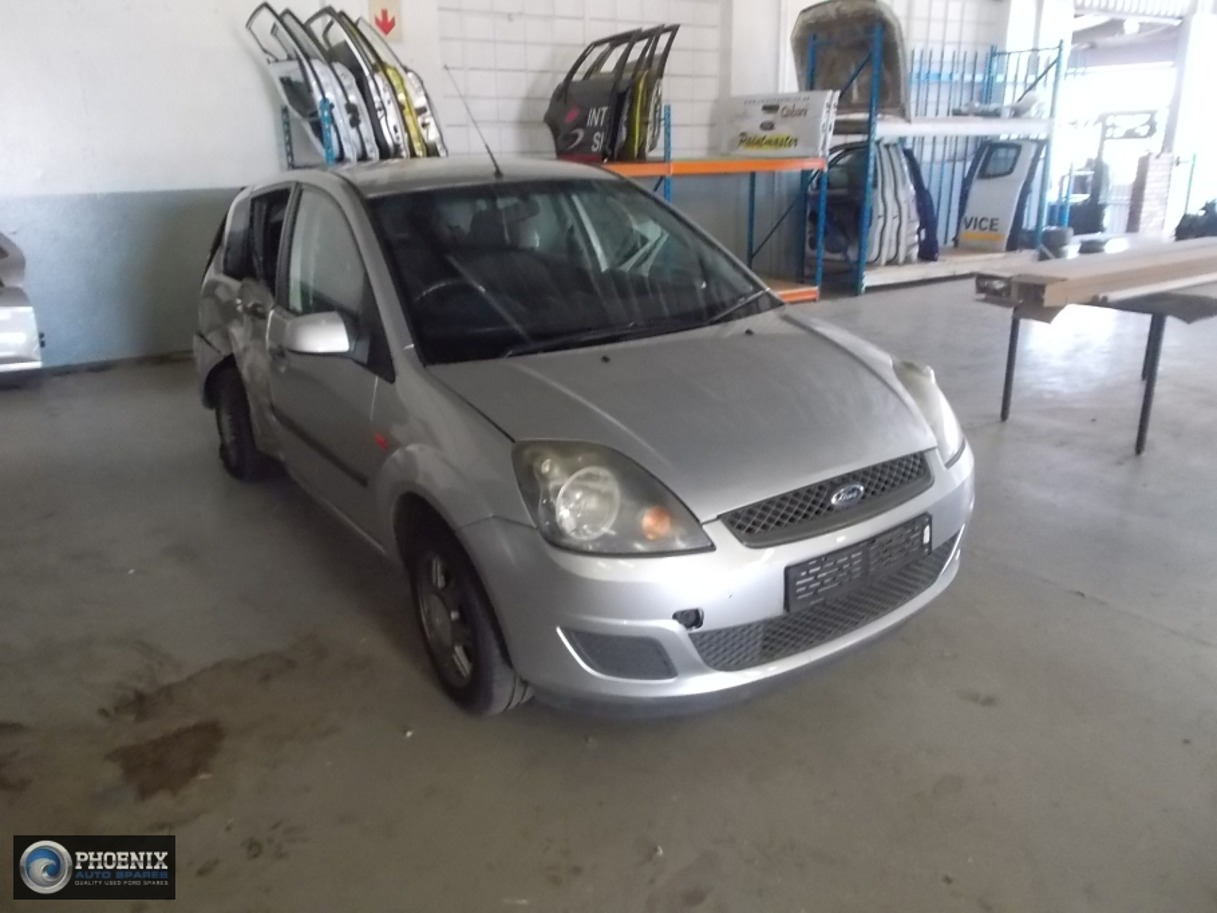 Ford Fiesta 2008 1.6 STRIPPING FOR SPARES AND PARTS