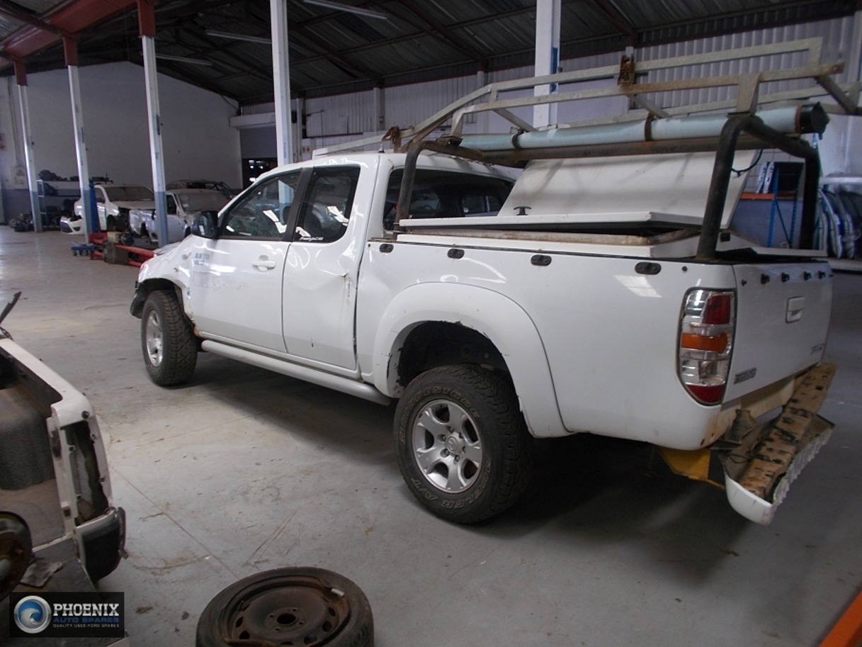 Mazda BT-50 2011 2.5 SLX 4X4 STRIPPING FOR SPARES AND PARTS